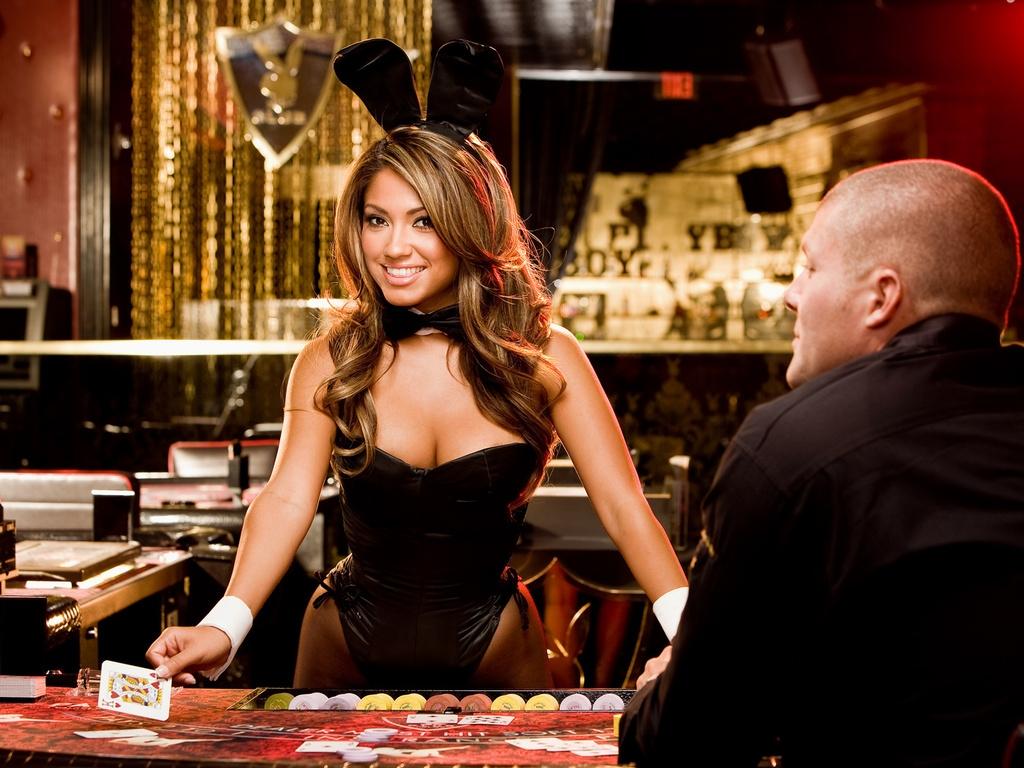 Как отличается поведение мужчин и женщин при азартных играх?